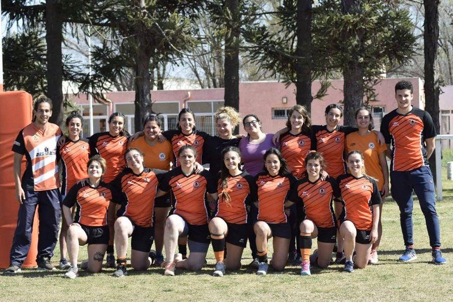 El plantel de rugby femenino del Jockey Club busca mantener el número de jugadoras debido a la pandemia.