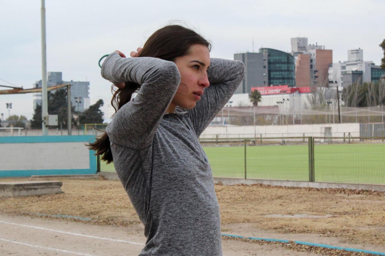 """Conocemos el """"lado B"""" de Luisina Zabala: llevar dos carreras al mismo tiempo, la académica y la deportiva."""