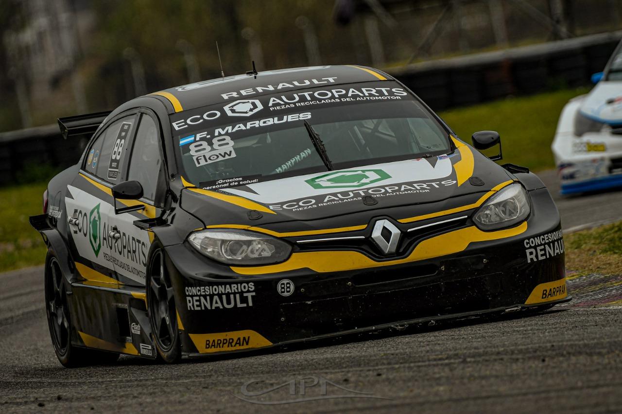 El mal tiempo y el circuito les jugaron una mala pasada a los pilotos de la región.