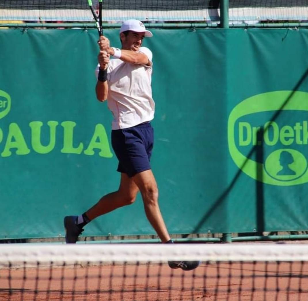 El tenista riocuartense sumó buenos resultados durante sus dos semanas en torneos Futures en Rumania.