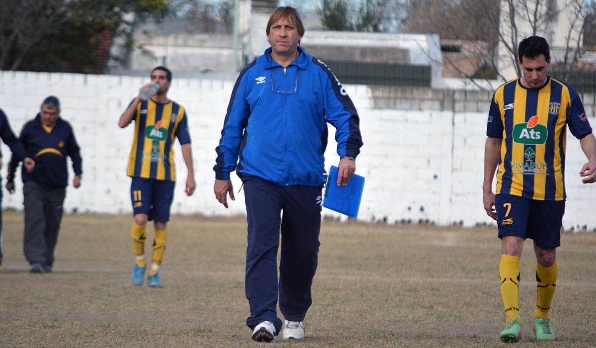 Barolo,seis vidas dedicadas al fútbol y una que le queda.