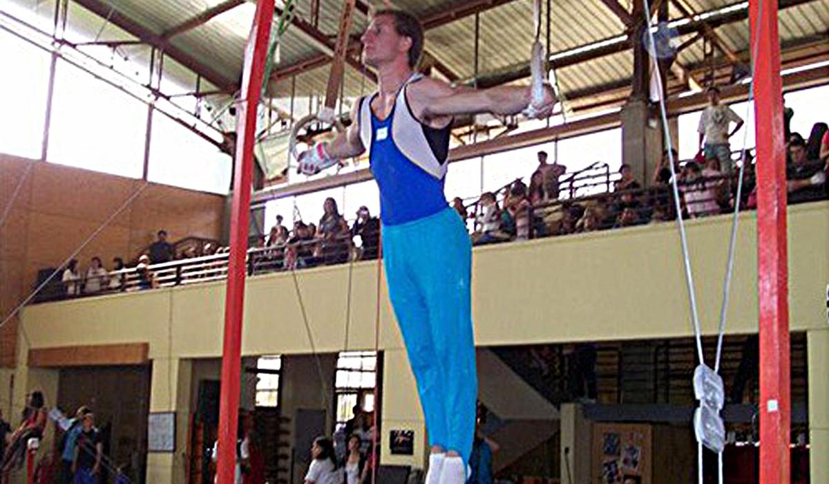 El ex gimnasta oriundo de Sampacho repasa su trayectoria deportiva y sus experiencias para llegar a realizar lo que más amaba.