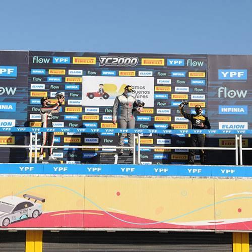 Marques y Provens acompañaron a Clavero en el podio.