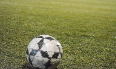 Los complejos de fútbol en canchas sintéticas reabrieron tras 8 meses.