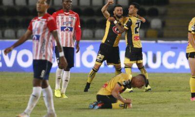 Fede Pereyra y todo Coquimbo festejan la clasificación histórica a semifinales de Sudamericana.