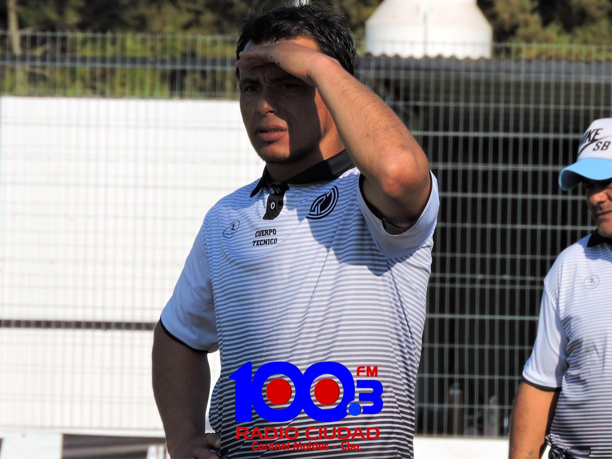Devia tendrá su primera experiencia como DT de un plantel superior. Lo hará en Everton de Moldes.