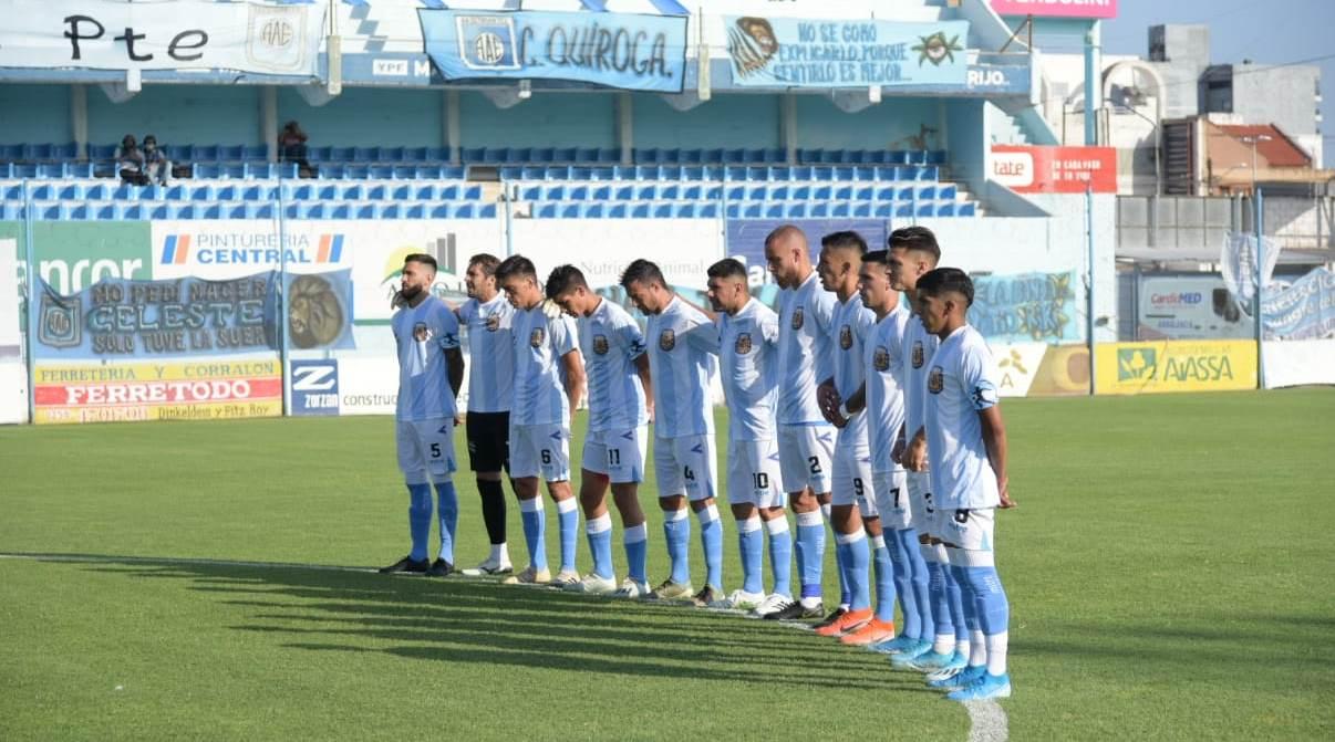 Estudiantes homenajeó a Maradona en el partido ante Morón.