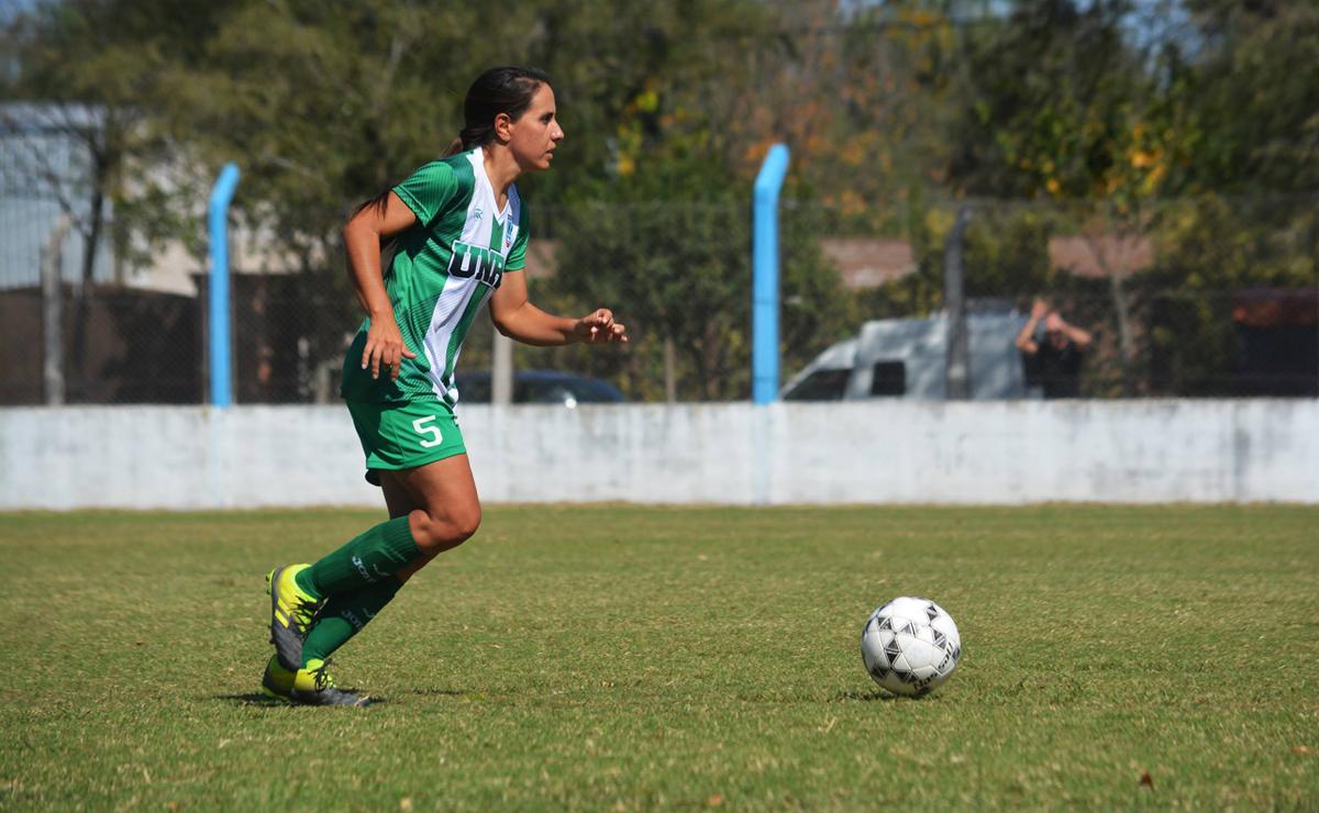 """""""Espero que el fútbol Femenino de la ciudad siga creciendo como lo hizo siempre""""."""