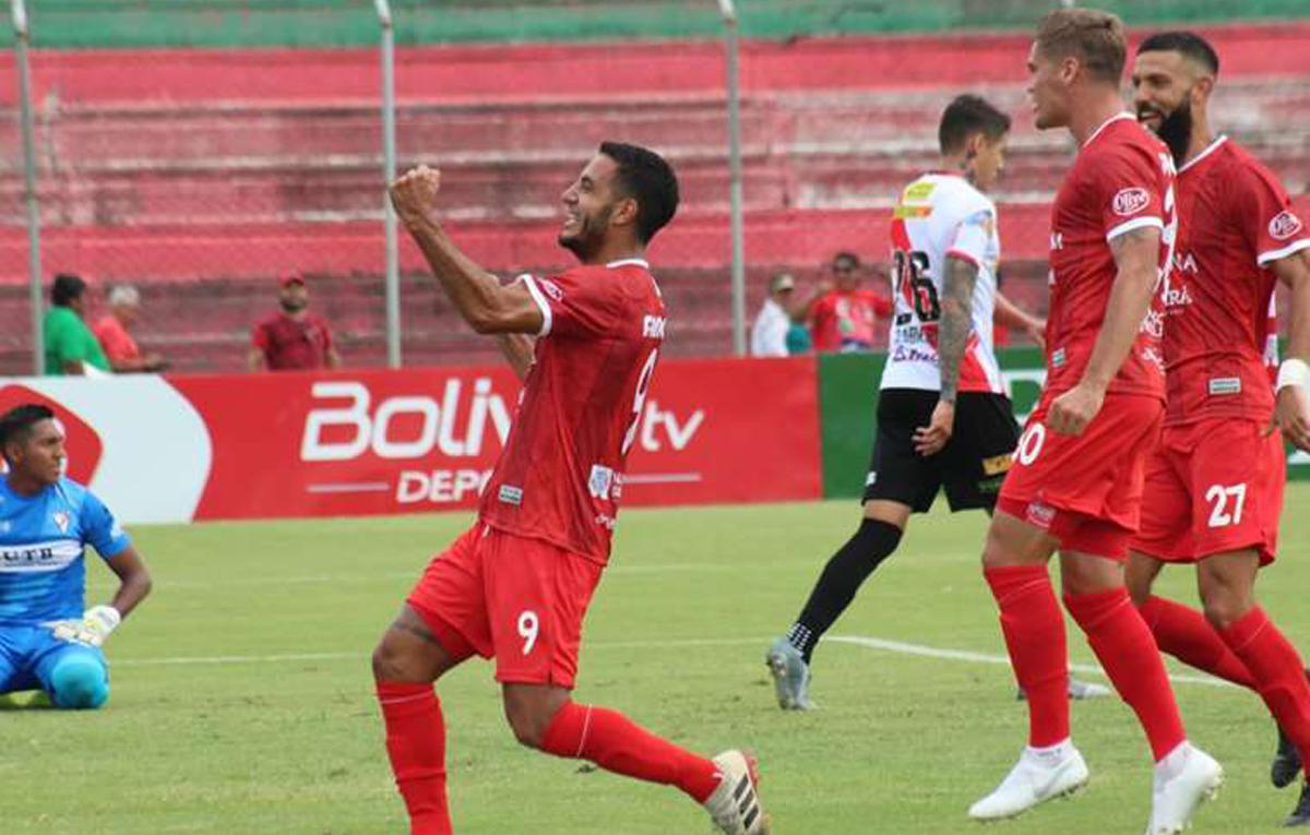 """""""Chicho"""" Vogliotti volvió a jugar en Bolivia."""