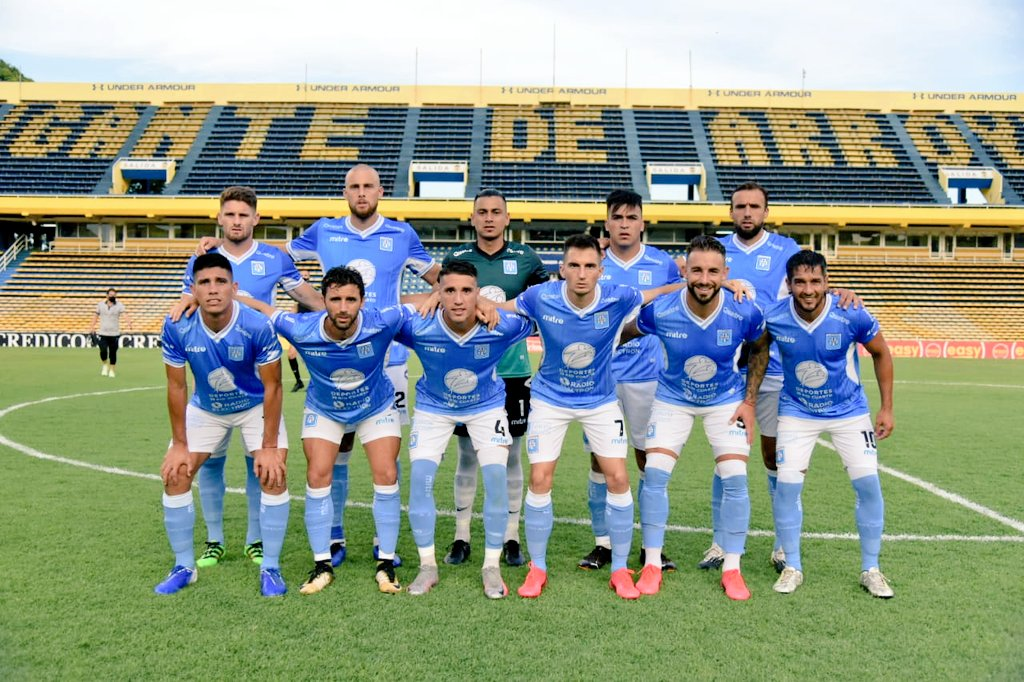 Estudiantes se metió en la final por el segundo ascenso a Liga Profesional.