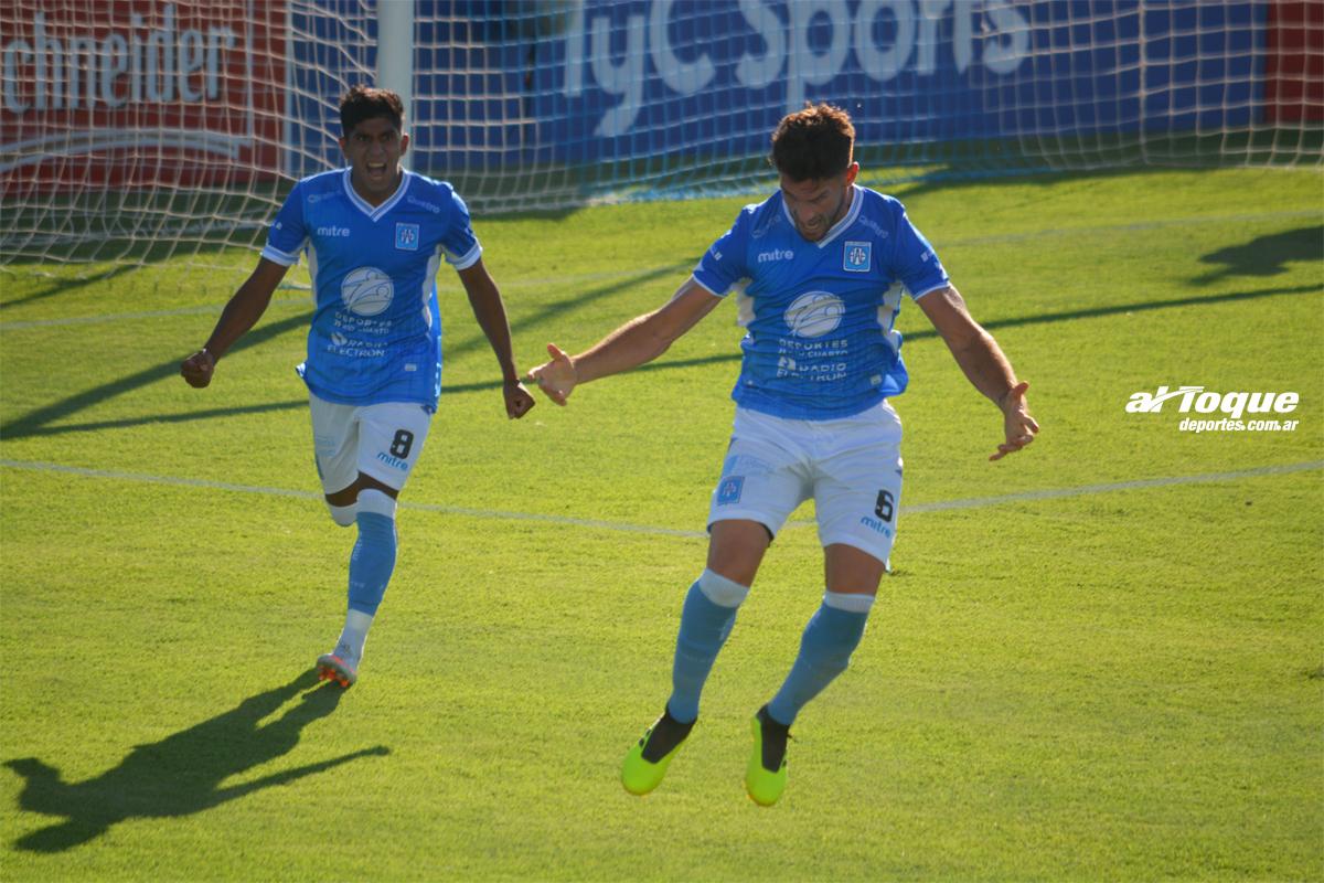 Maffini abrió el marcador para Estudiantes versus Agropecuario.