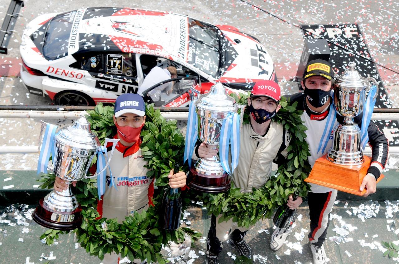 Los campeones del 2020/21: Rossi en el Súper TC, Bastidas en TC y Barrio en Fórmula Renault.
