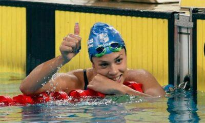 La nadadora riocuartense superó su propia marca y sigue brillando en el Centro Acuático del Parque Roca.