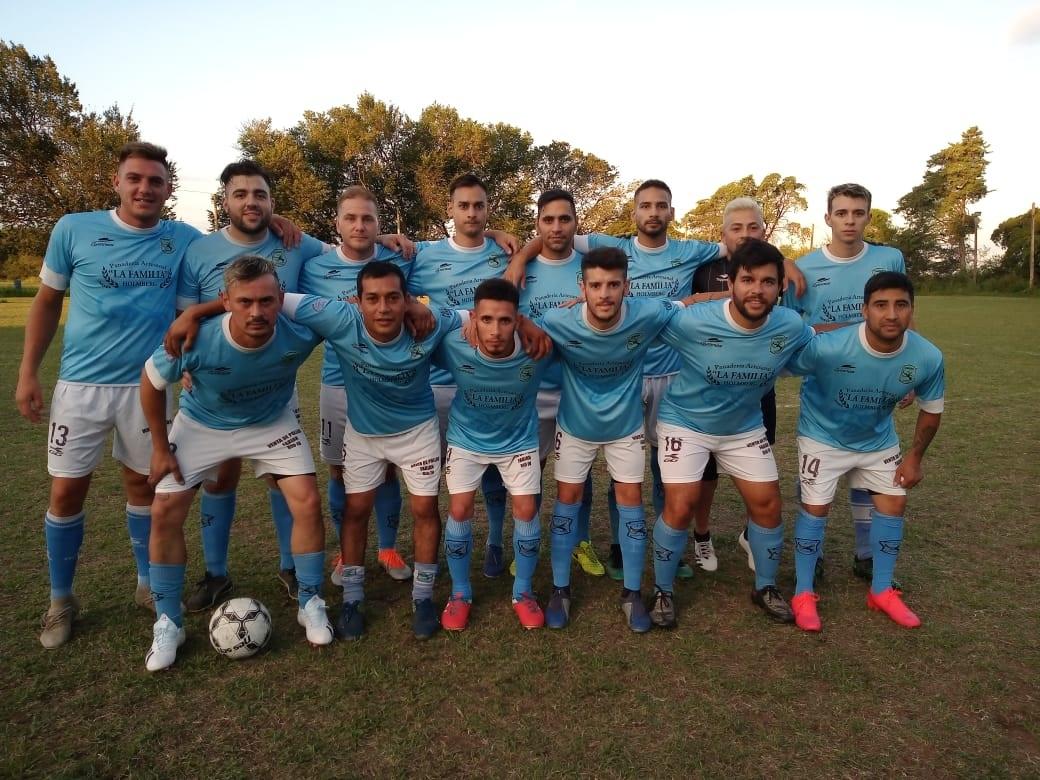 Cóndores Fútbol Club de Holmberg se prepara para afrontar su segunda temporada en el ámbito de la Liga Regional de Fútbol de Río Cuarto.