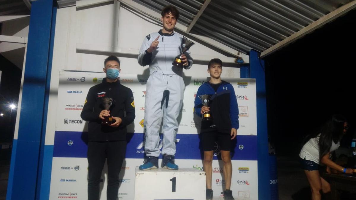Ignacio Cerdá se quedó con el título de la categoría principiantes con motores kayak