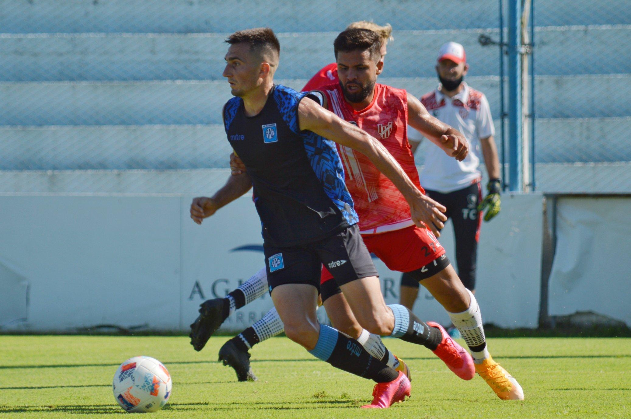"""El """"celeste"""" igualó 2 a 2 con Instituto de Córdoba en condición de local en un partido preparatorio que se disputó en la mañana de este viernes."""