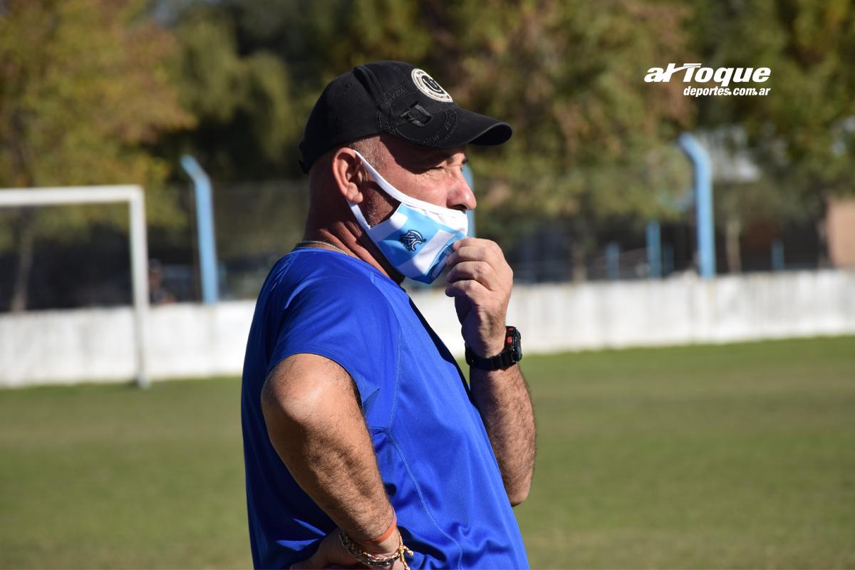"""El entrenador del """"patriota"""" habló luego del empate ante Estudiantes."""