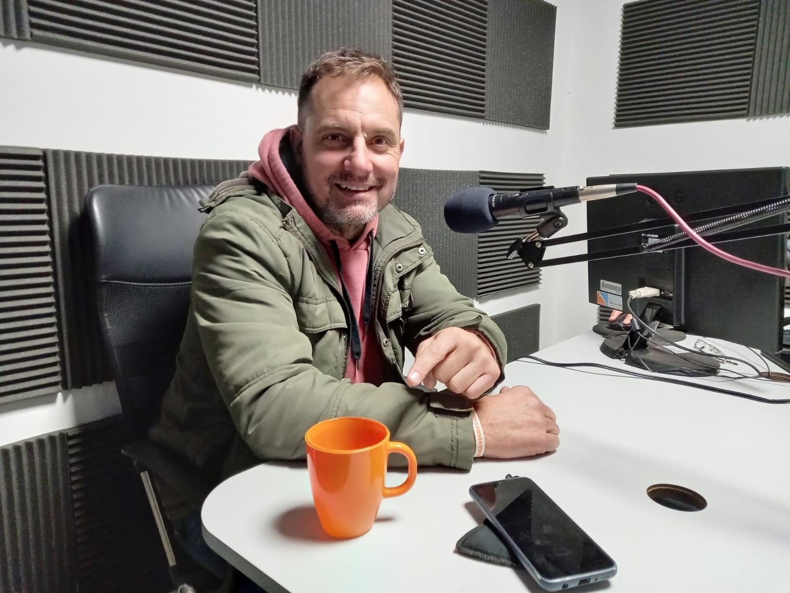 Santiago Mariscotti en Al Toque Radio.