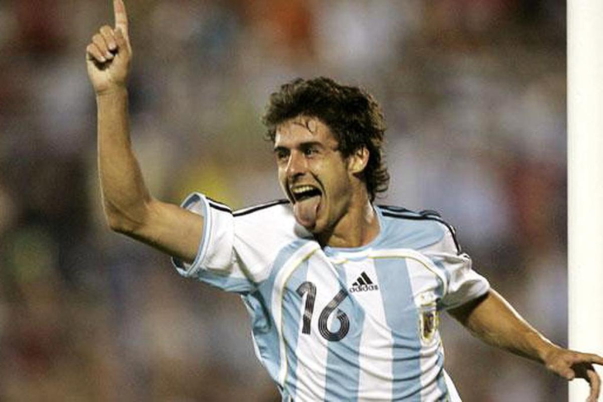 """""""Payito"""" y su festejo de gol con la Selección Argentina."""