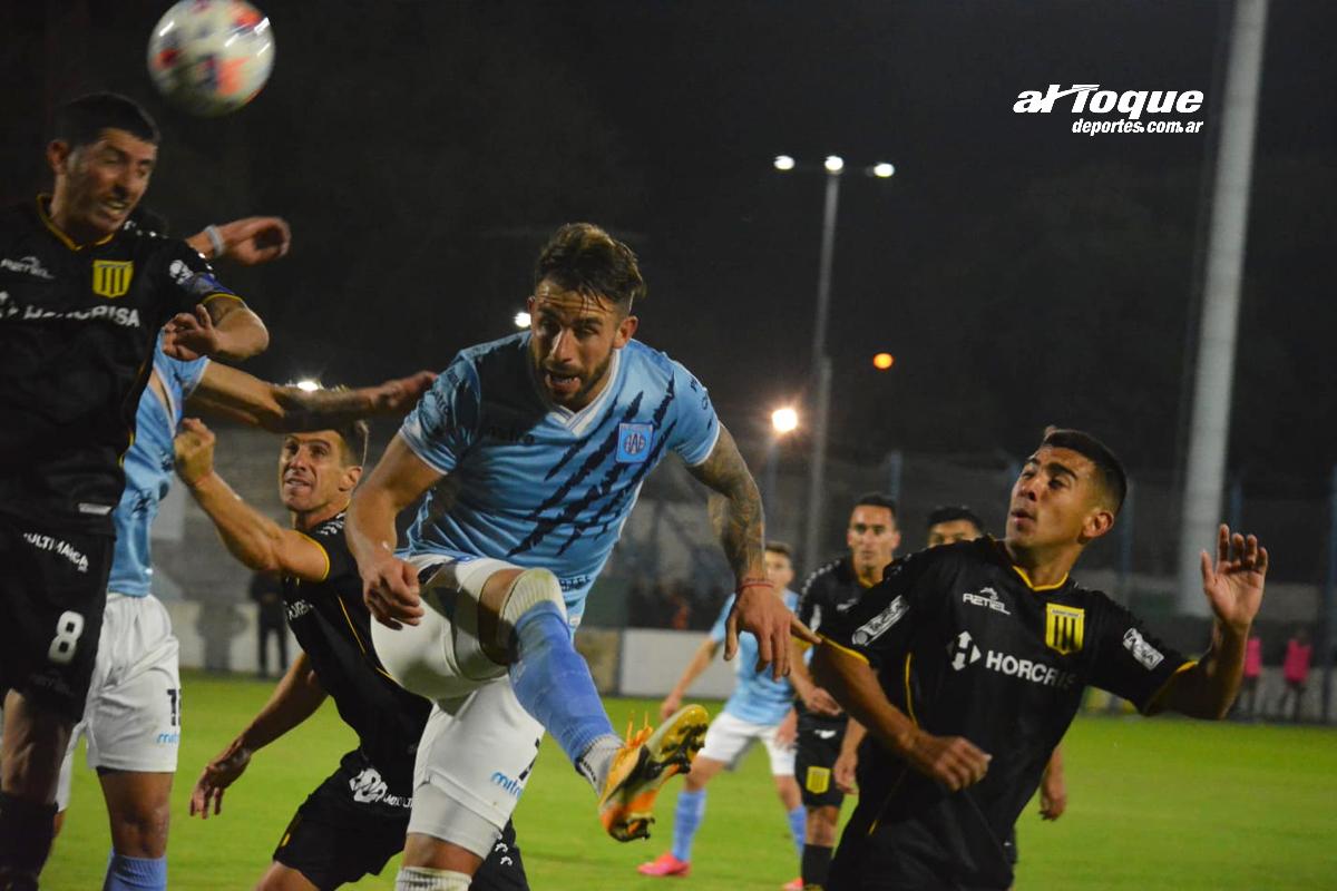 """El """"celeste"""" igualó sin goles ante Almirante Brown."""