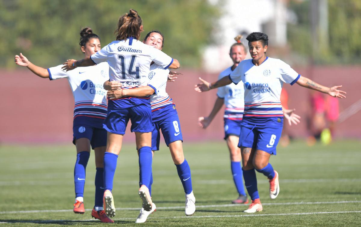 El Torneo Apertura 2021 del fútbol femenino semiprofesional de AFA entra en etapa de definiciones.