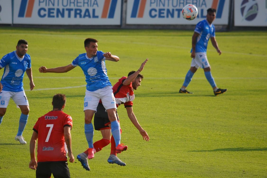 Este lunes desde las 15 Asociación Atlética Estudiantes se mide ante Deportivo Maipú de Mendoza en condición de visitante.