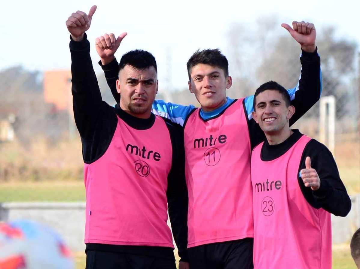 Estudiantes se mide con Gimnasia y Esgrima de Mendoza desde las 15 y con el arbitraje de Yael Falcón Pérez.