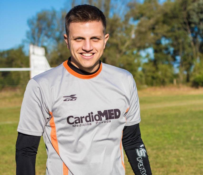 Eze Pedraza tiene un pasado futbolero que lo vincula con dos clubes de la ciudad.