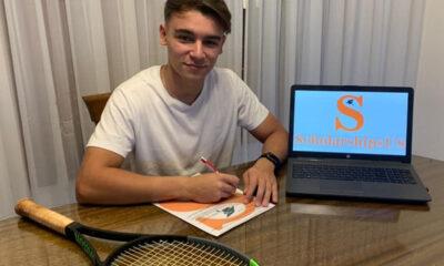 Agustín Cortona firmó contrato para vivir en Estados Unidos y desarrollar su carrera en el tenis.