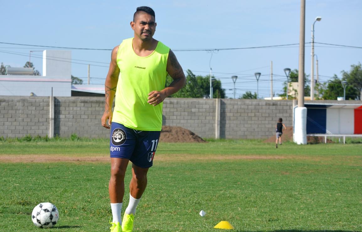 """Cristian Oliveira fue uno de los ratificados por la entidad """"tricolor"""" en este reinicio de actividades."""
