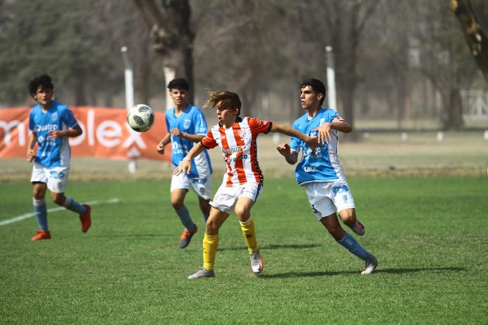 Estudiantes cerró su participación en el primer torneo del año.