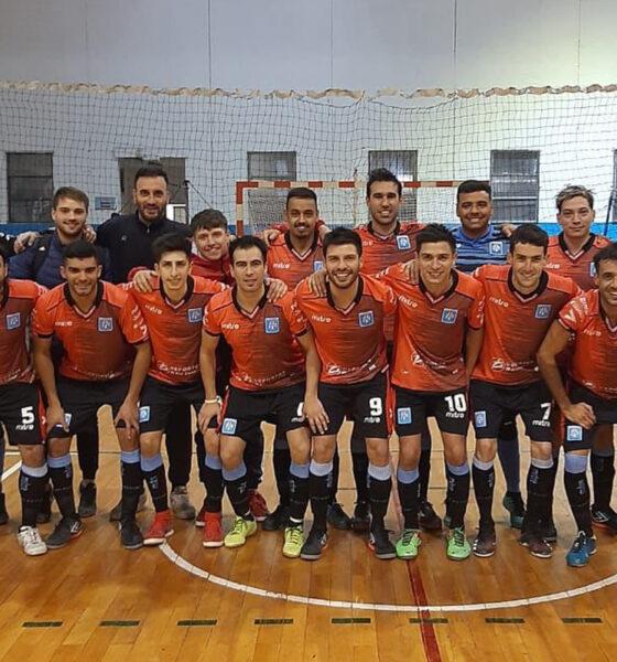 Estudiantes lidera el triangular previo al Torneo Regional.