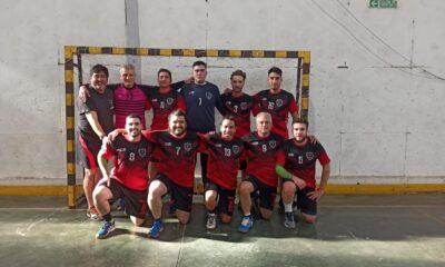 El equipo de Acción Juvenil que debutó en la Primera B provincial de handball.