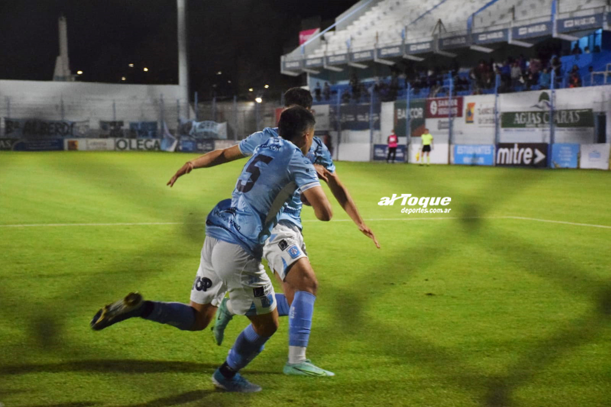 """Nicolás Ihitz anotó el empate del """"león""""."""