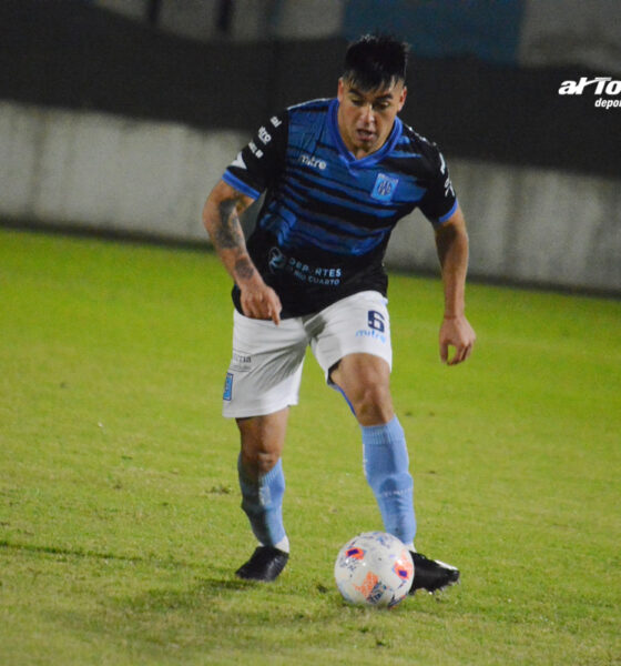 Padilla, autor del empate agónico de Estudiantes ante Belgrano.